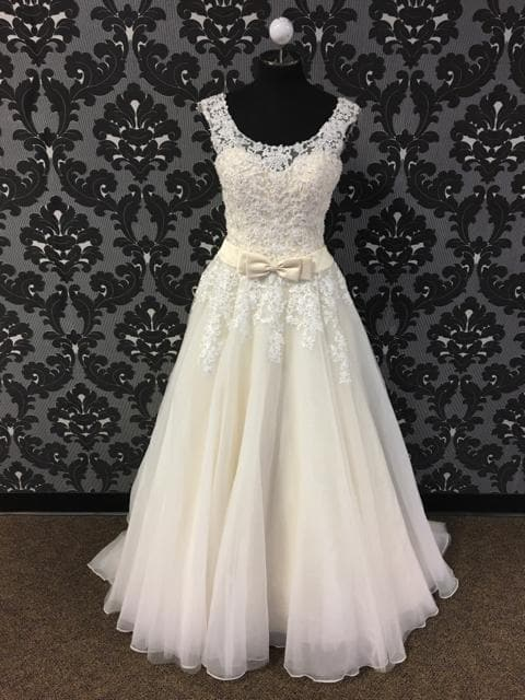 David Tutera 215263 Women's Wedding Dress Tulle/Lace Size 12