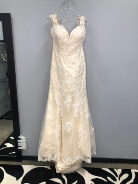 Sincerity By Justin Alexander Women's Wedding Dress Lace Size 18