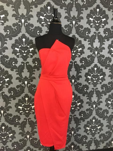 S/M Red Bodycon Knee Length Strapless