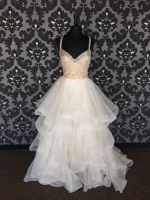 Size 12 Prosecco Wtoo Organza Thin/Beaded Ballgown V-Neck WEDDING DRESSES