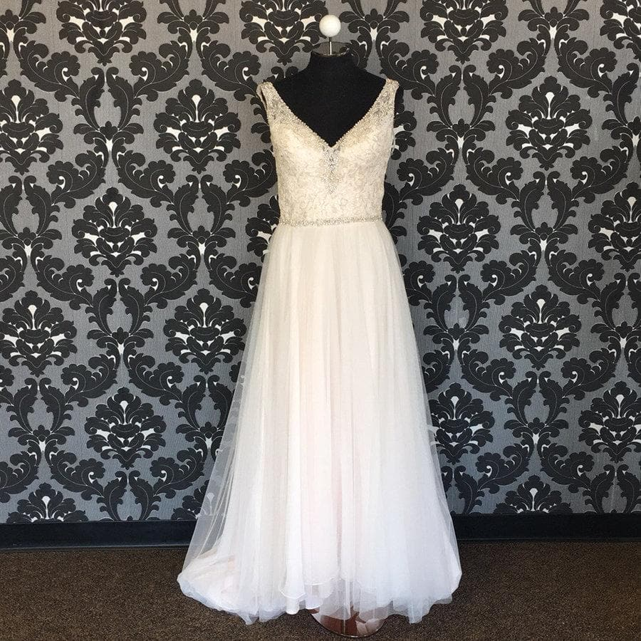 Size 10 ivory blush Allure Lace A-line