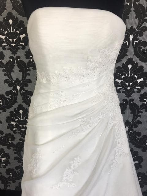 Size 16 Off Whit WEDDING DRESSES