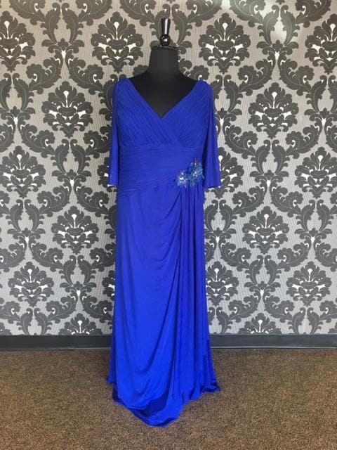 Size 22W Royal Montage 112919W Floor Stretch Knit 3/4 Length
