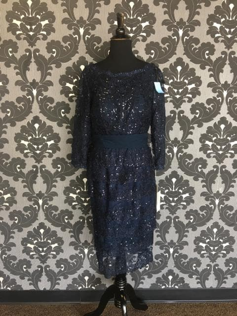 Size 6 Navy Social Occasionsi Cocktail Lace 3/4 Length