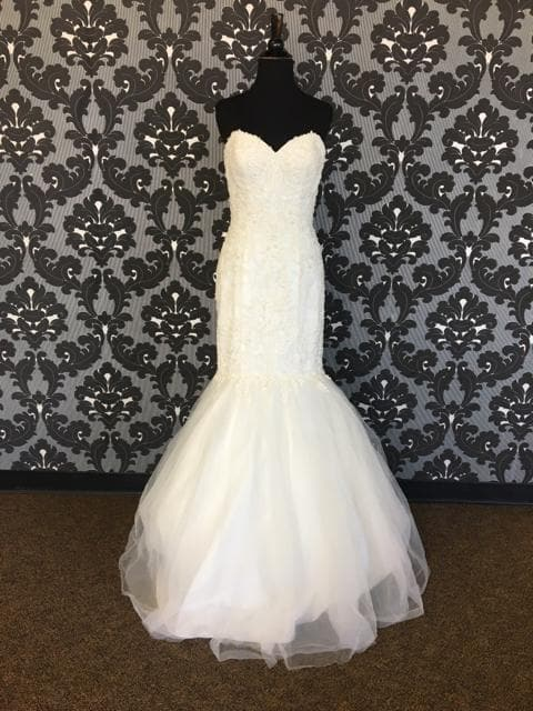 Size 8 Ivory Sincerity Tulle & Lace Strapless Fit & Flare WEDDING DRESSES
