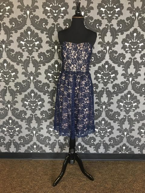 Size 8 Navy/Taupe Lugo 258-2 Cocktail Lace Strapless