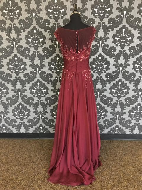 Size 8 Wine Montage Floor Chiffon Beaded