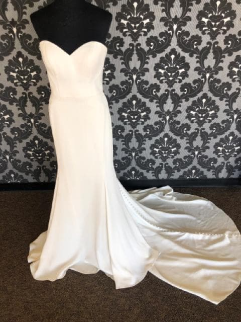 Essense of Australia ESTHER D2256 Women's Wedding Dress Bengaline Ivory