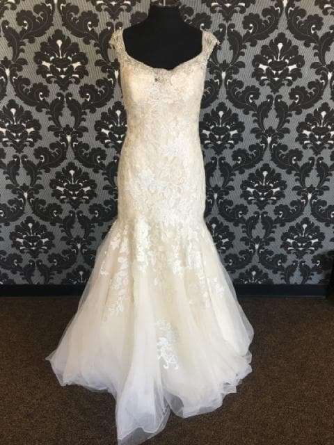 Allure Bridal Wedding Dress Tulle & Lace gold ivory Size 14W WEDDING DRESSES