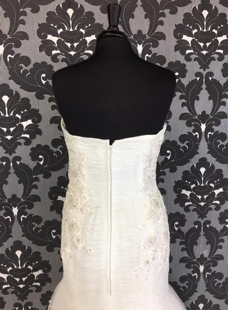 Size 14 Ivory Jasmine Lace/Tulle Strapless Dropwaist Sweetheart