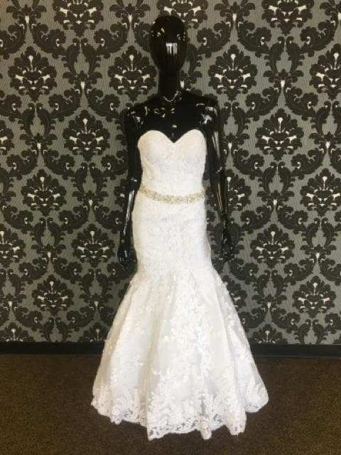 Mori Lee Women's Wedding Dress Lace White Size 4 Strapless