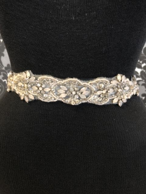 Size 12 Rhinestone and Beaded Ivory Belt