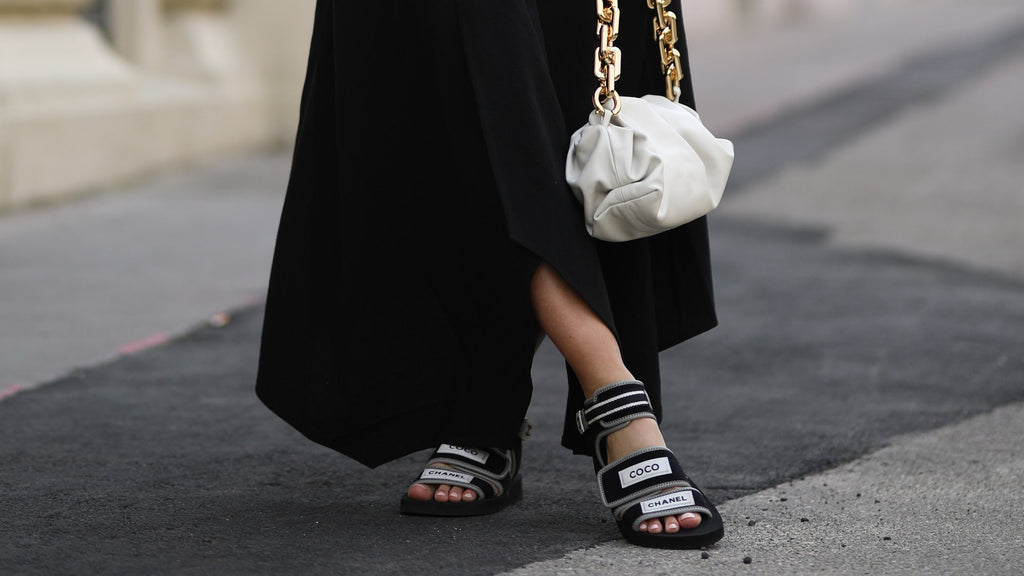 Chanel sandals street style