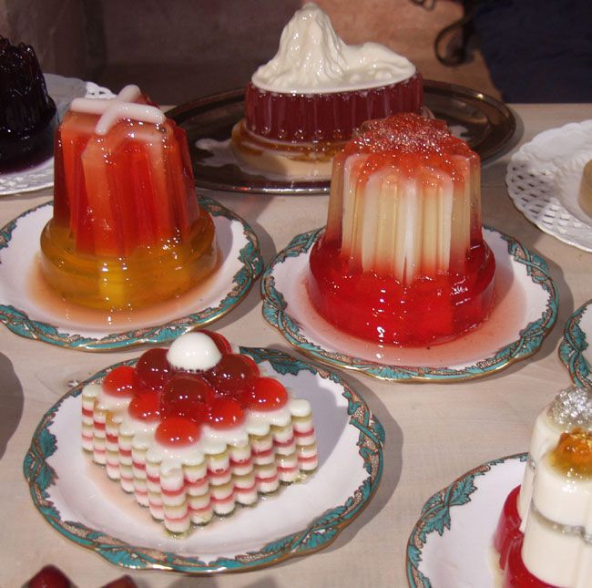 Jelly and sickly sweet foods