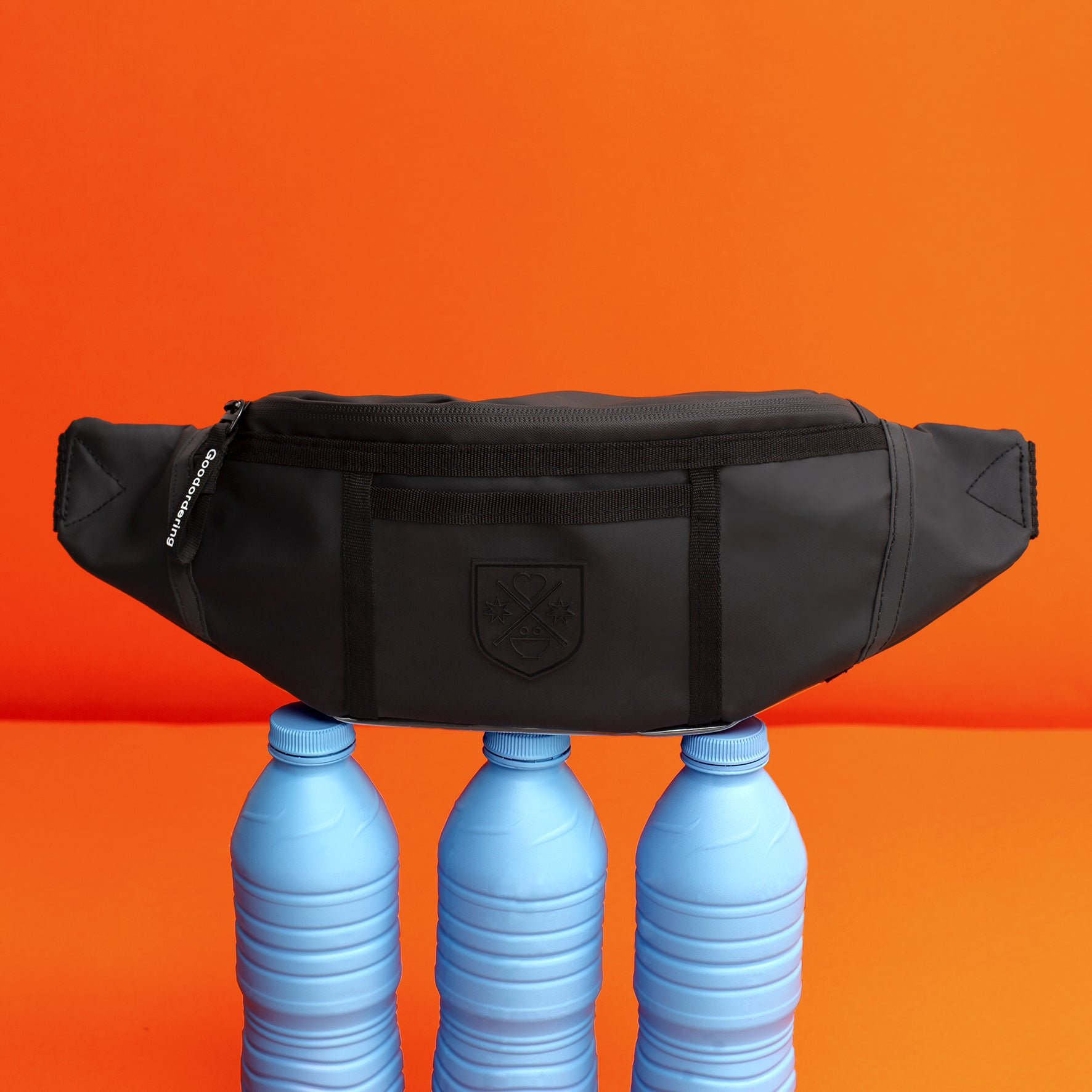 Goodordering bum bag made from recycled water bottles