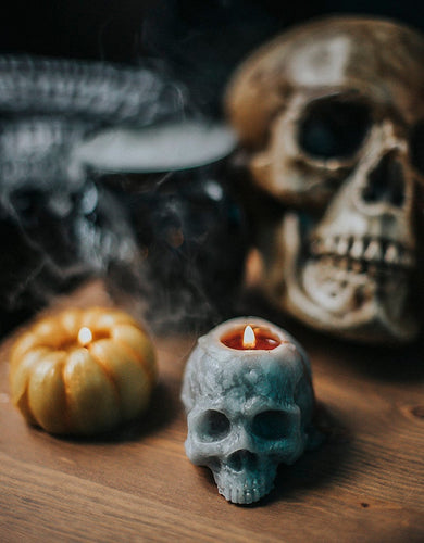 Skull skull candle for Halloween rituals