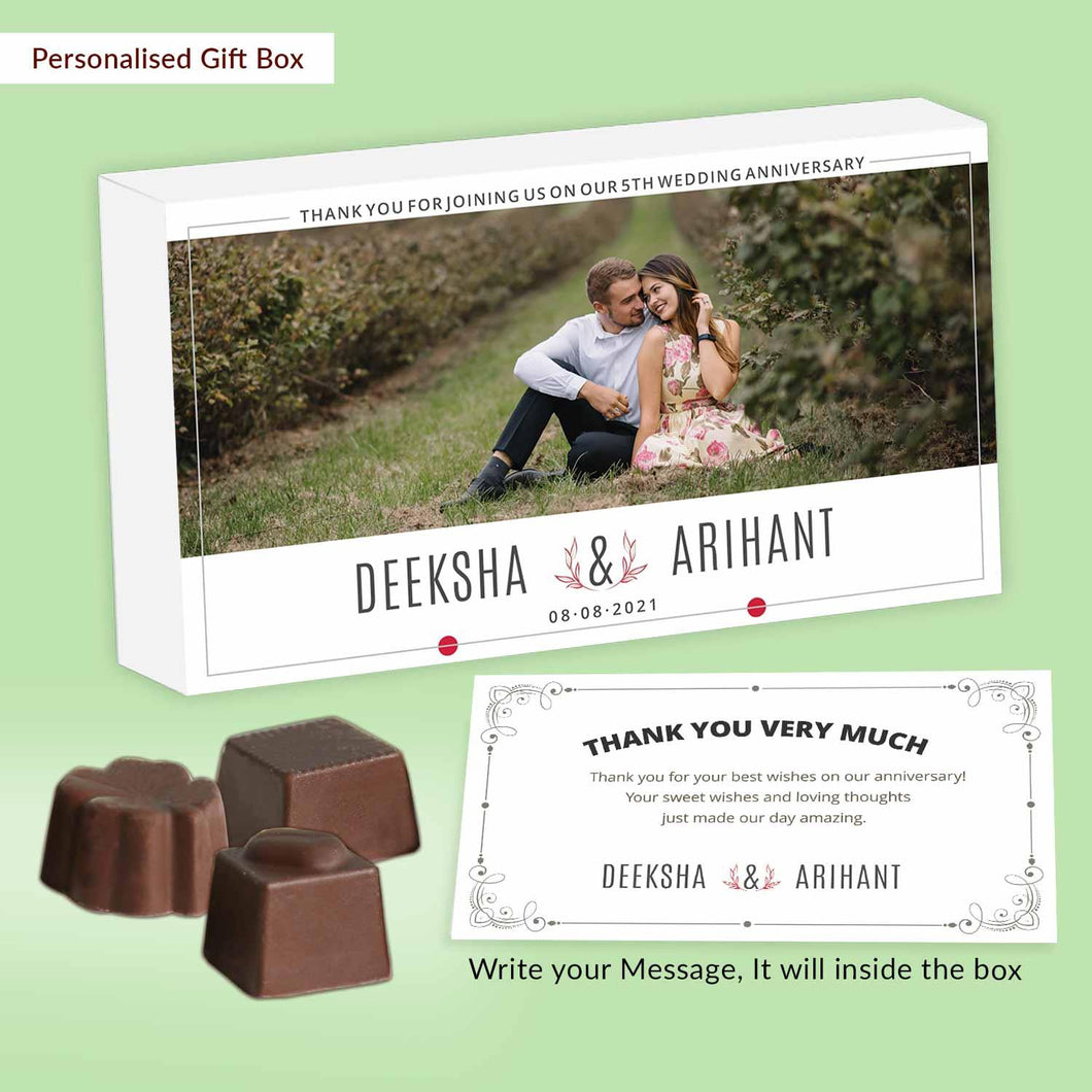 White modern customised return gift with photo print