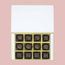 Load image into Gallery viewer, Photo birth announcement with customised chocolates