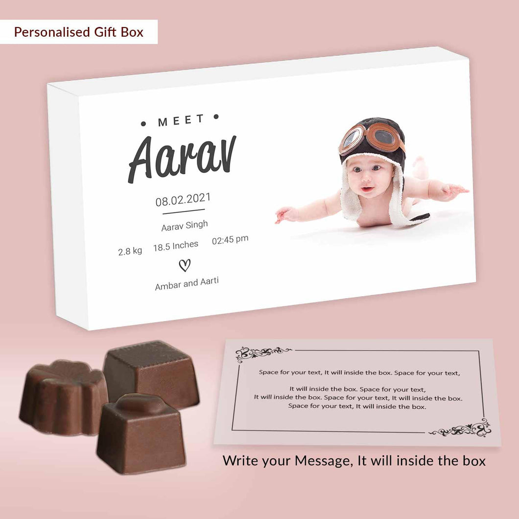 Photo birth announcement with customised chocolates