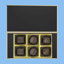 Load image into Gallery viewer, Personalized Chocolates gift with Photo printed box for Birthday - ChocoManualART.com