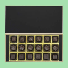 Load image into Gallery viewer, Photo Printed box of Customised Chocolates on Mother's day