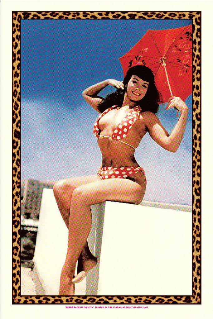 "Bettie: ""Bettie Page in the City"" Gold by Tim Jordan - Hero Complex Gallery"