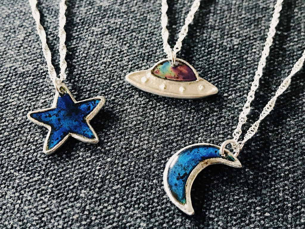 Moon Mood / Color Changing Meteorite Dust Necklace - UFO, Star, Saturn Sci Fi Jewelry - Sterling Silver Space Pendant
