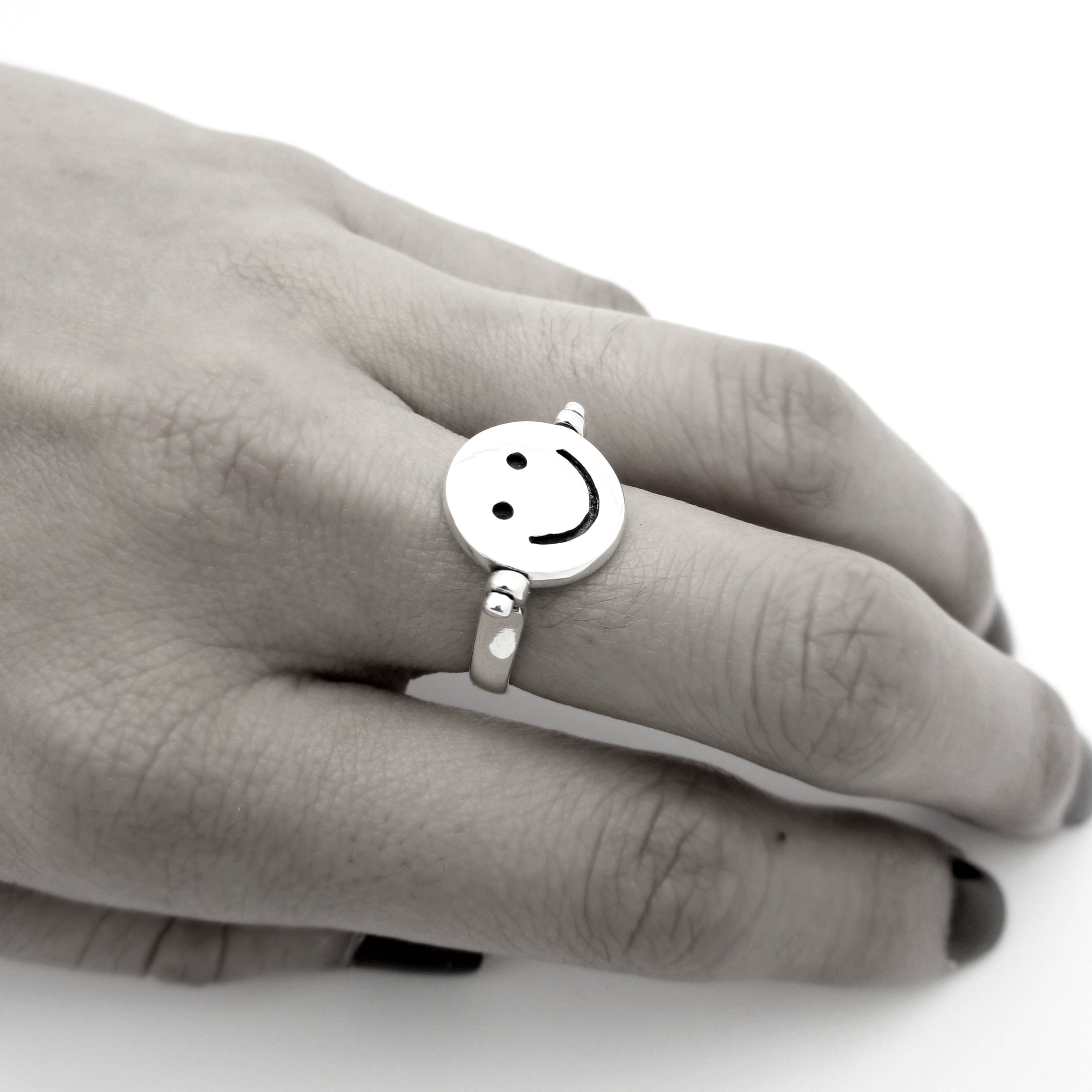Don't Worry, Be Happy Flip Ring