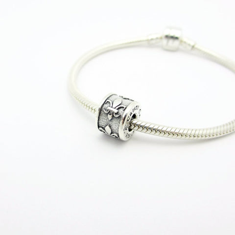 Logo Spacer Couture Charm