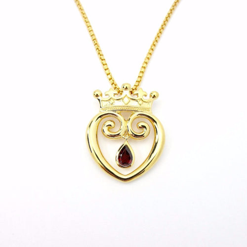 Queen of Hearts with Garnet Limited Edition - Large Gold
