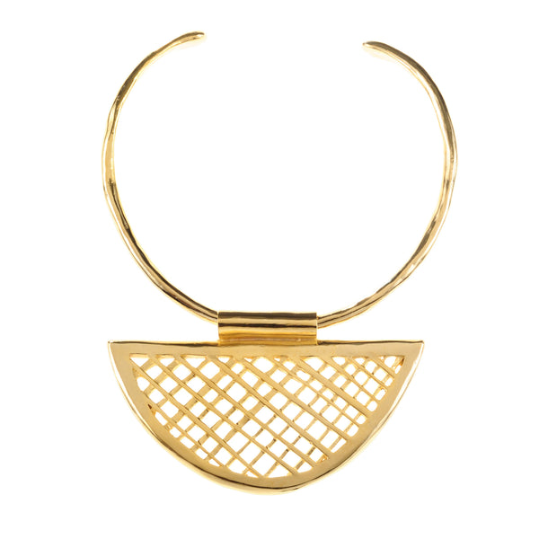 HALF-MOON LATTICE COLLAR