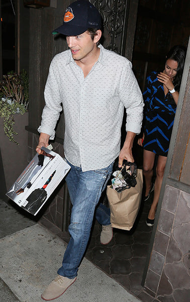 BLACKROLL in Hollywood: Ashton Kutcher gives Mila Kunis the best gift...