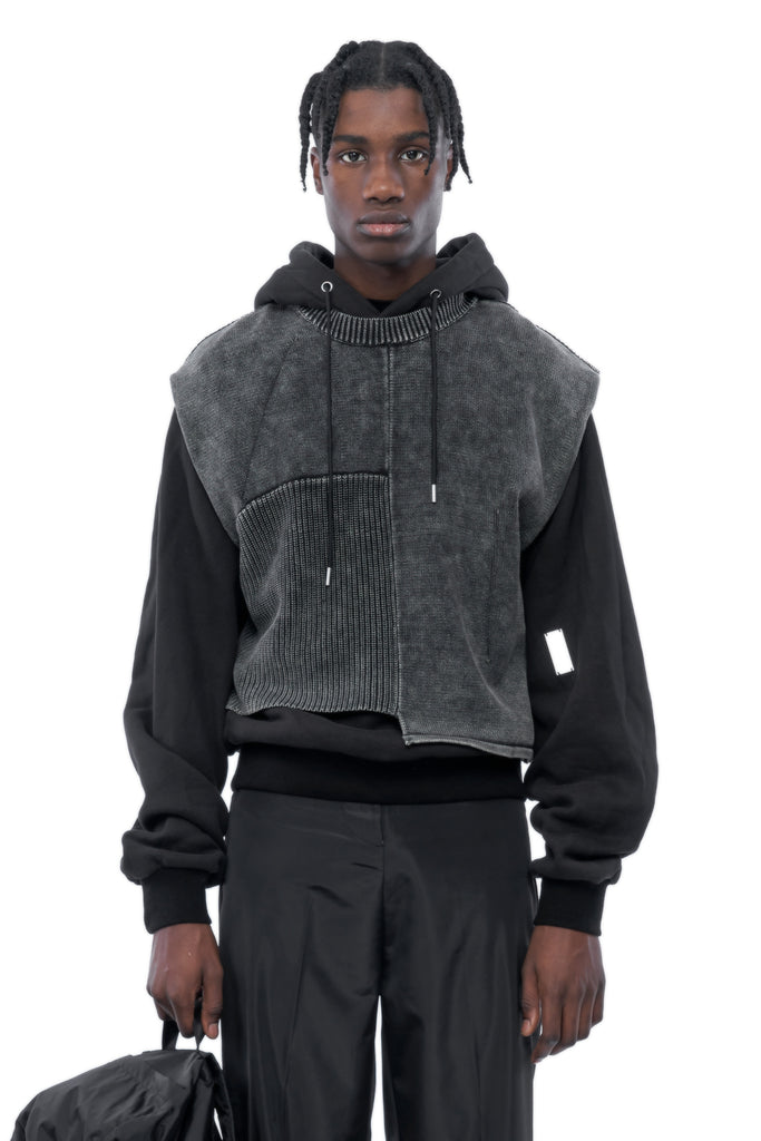 AW19_466_KNITTED_VEST_HOODIE