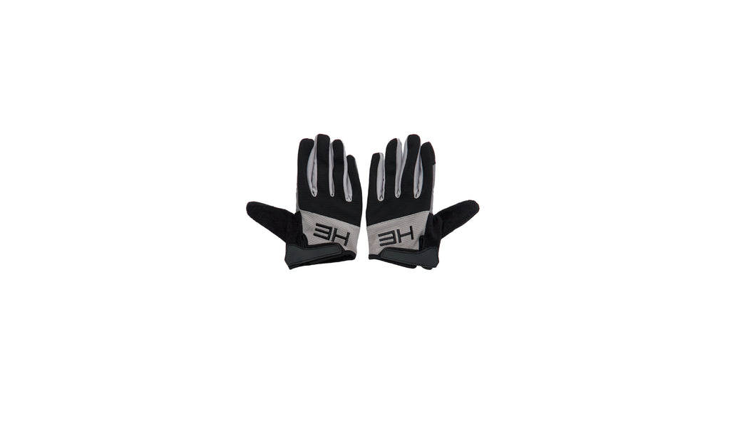 AW19_642_GRIP_GLOVES