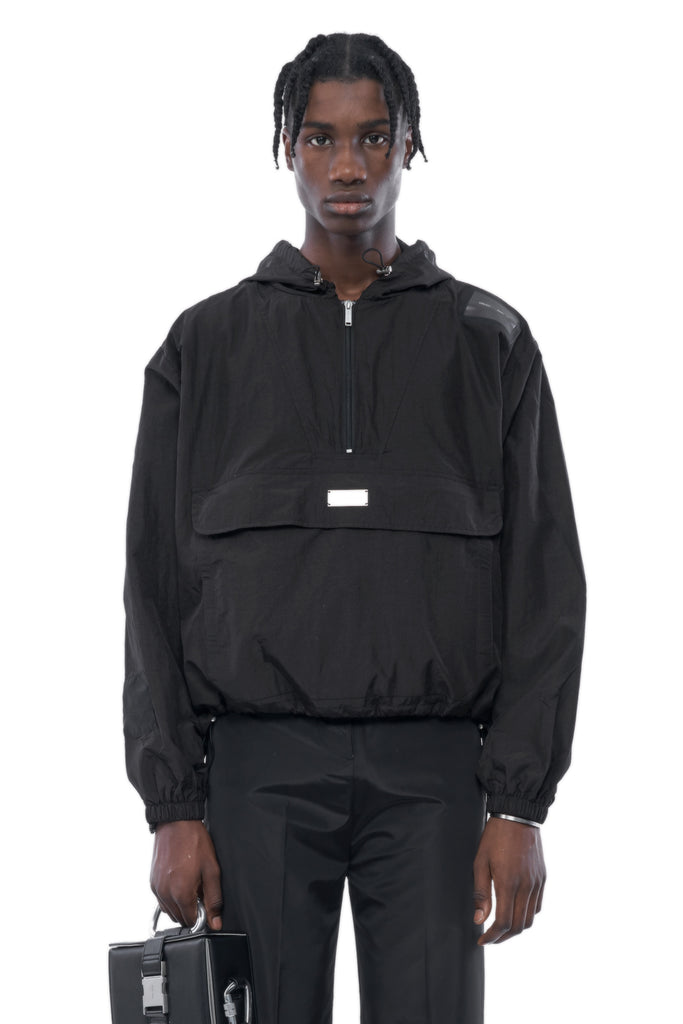 AW19_196_CONVERTIBLE_ANORAK_BAG