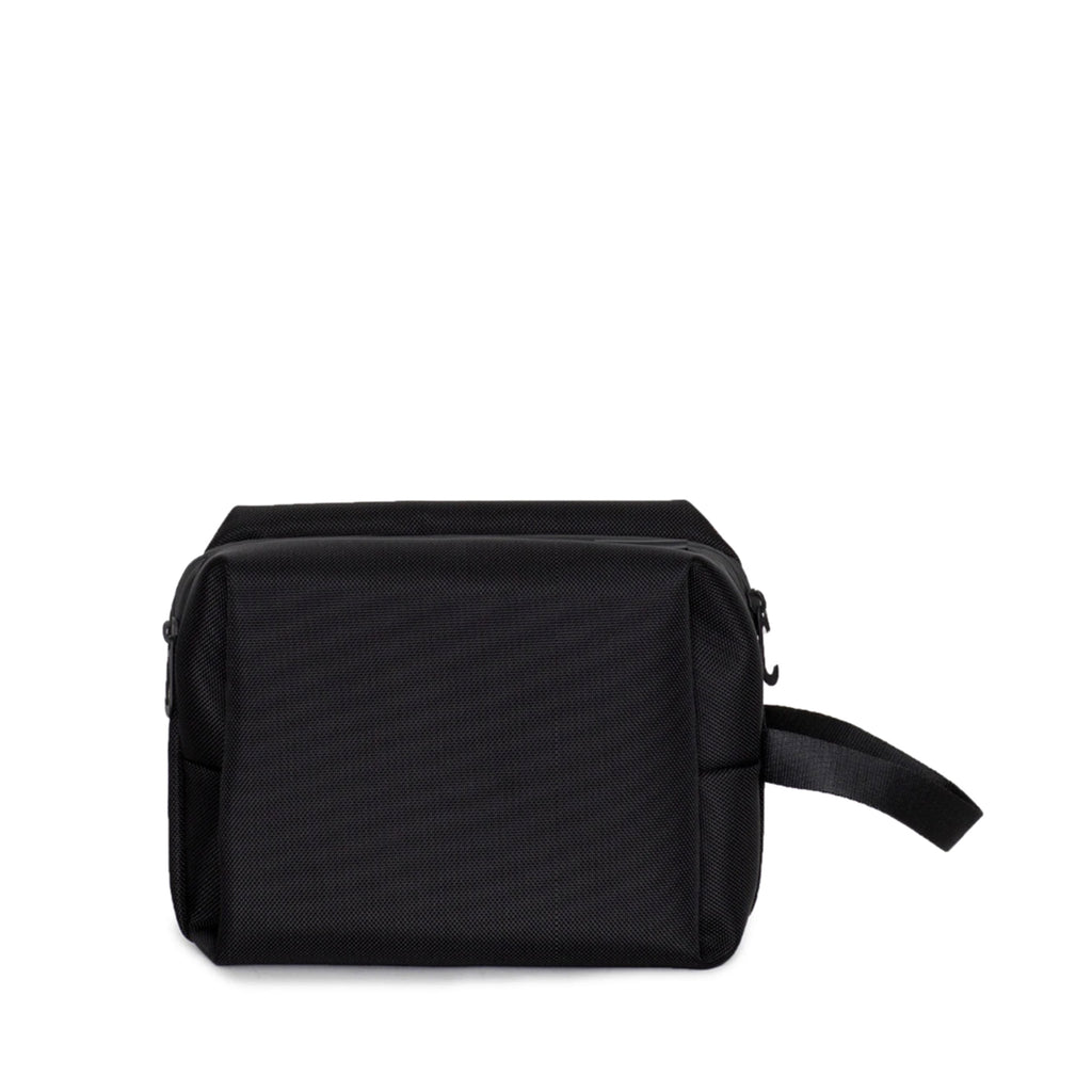 Como M Toiletry Bag