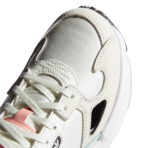 Wmn's Falcon White Tint Peach