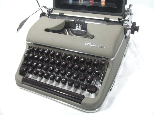 Typewriter Computer Keyboard / iPad Stand (Model SM)