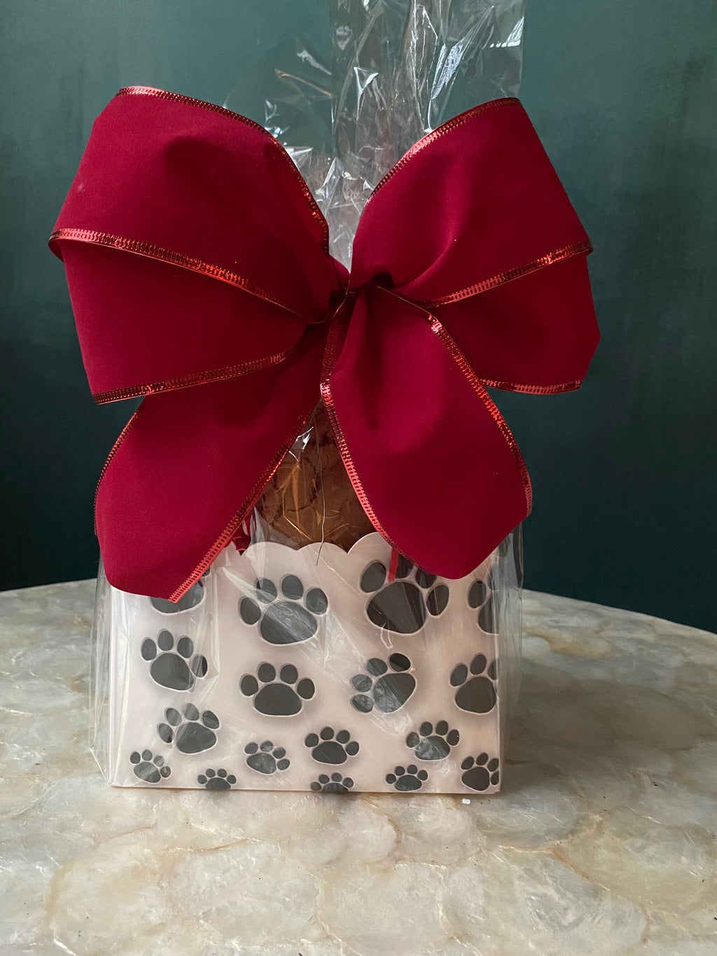 PAW PRINTS COOKIE BOX