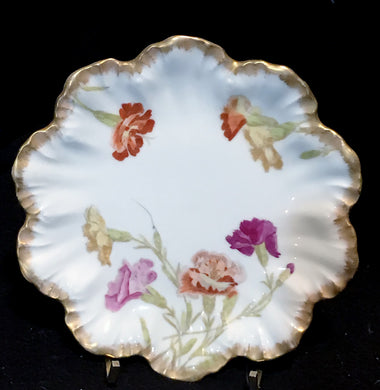 A Lanternier Scalloped Limgoes Plate with Gold Trim and Violet Flowers