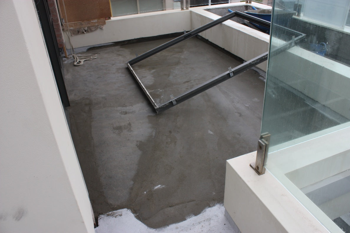 Frustration of rain on tile screed with exposed balconies efflock waiting for tile screed to dry out sufficiently before a membrane could be applied dailygadgetfo Image collections