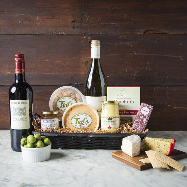 WINE & CHEESE BASKETS