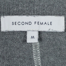 Laden Sie das Bild in den Galerie-Viewer, SECOND FEMALE Pullover Gr. M gestreift