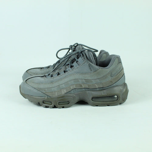 NIKE Sneaker Gr. 38 1/2 grau Model. Air Max 95