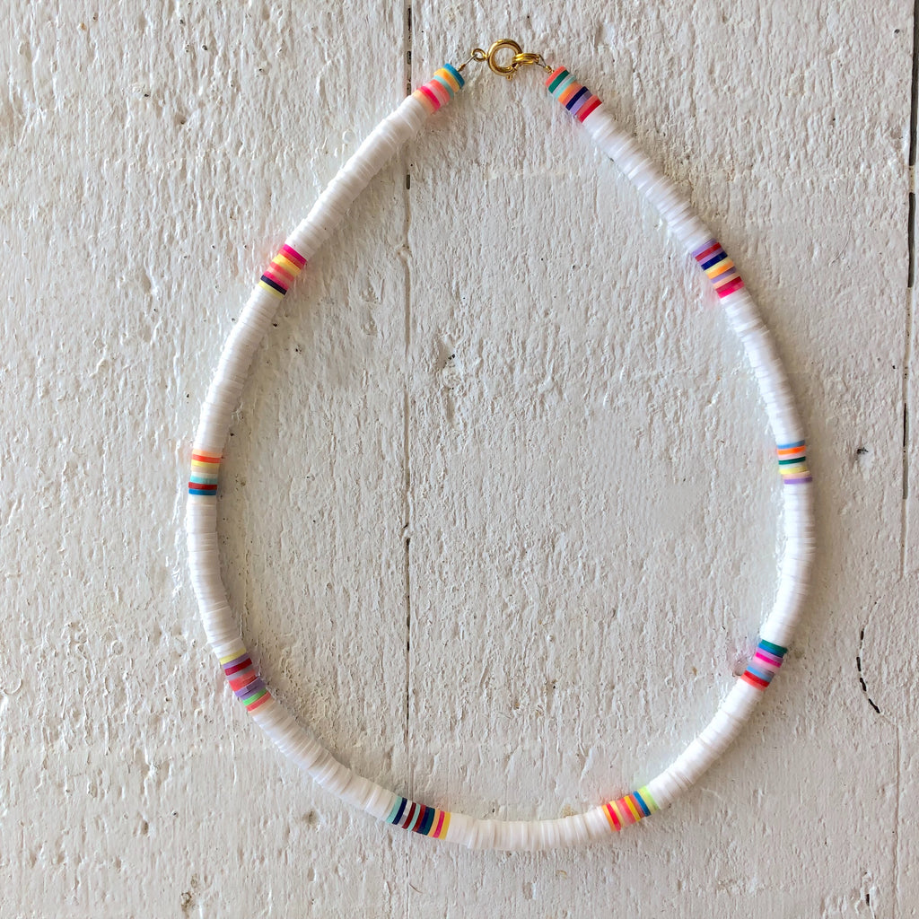 surf necklace white