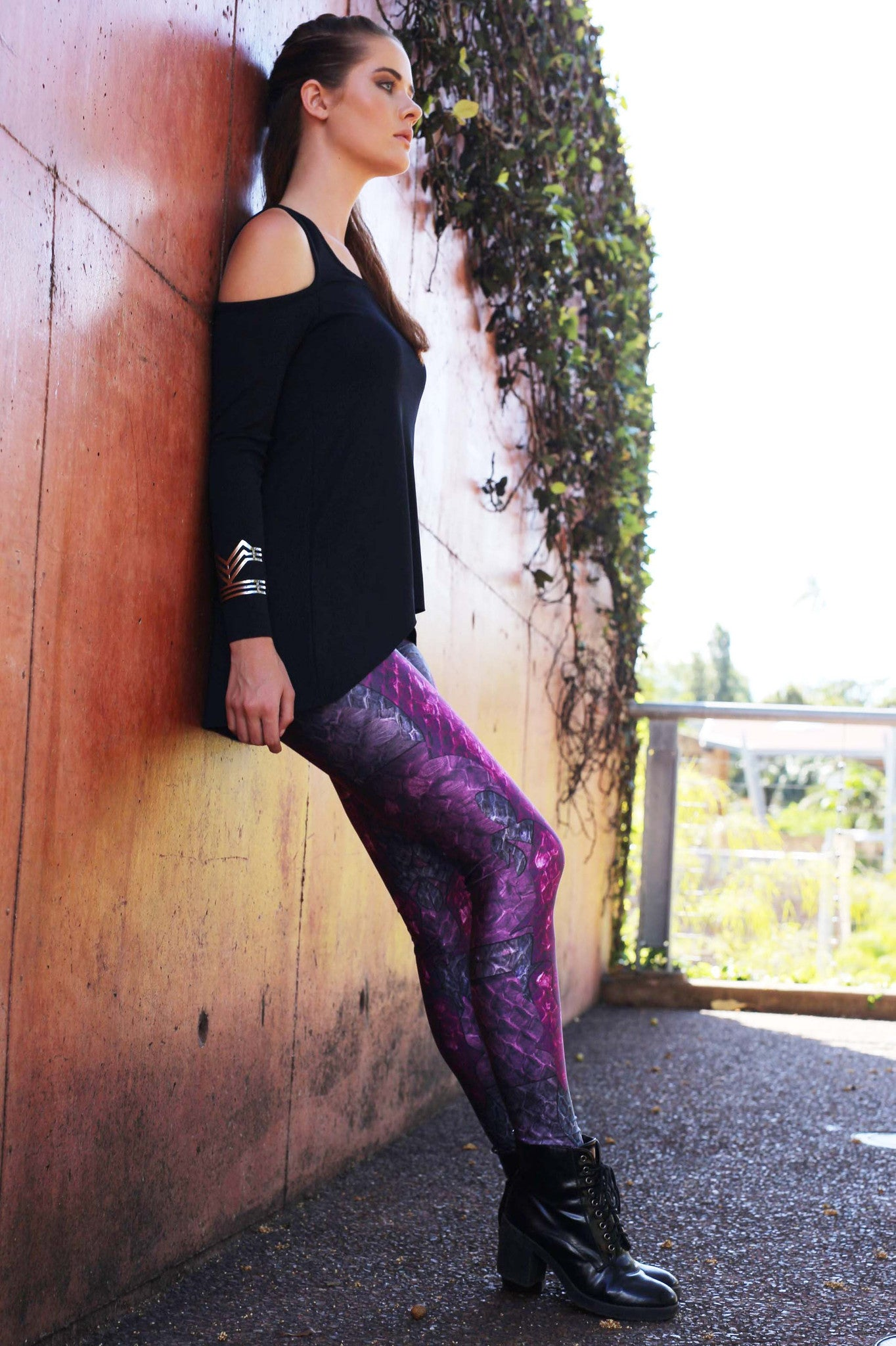 Purple Dragon Queen Leggings