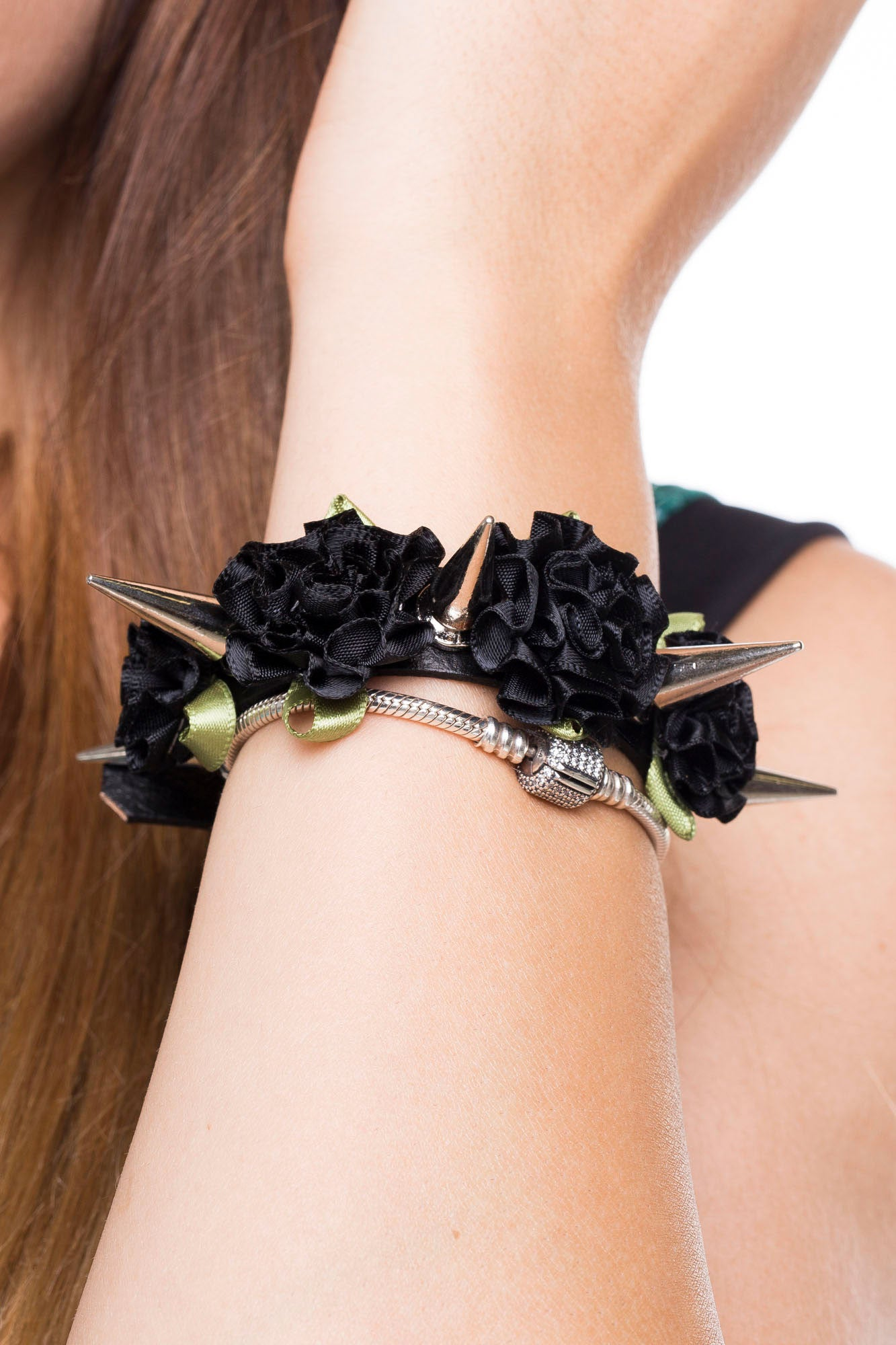 Spikes and Roses Cuff – Black