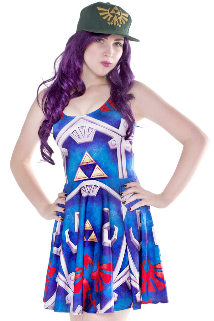 Hylian Shield Cosplay Skater