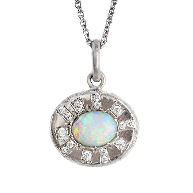 Sun Ray Pebble Necklace