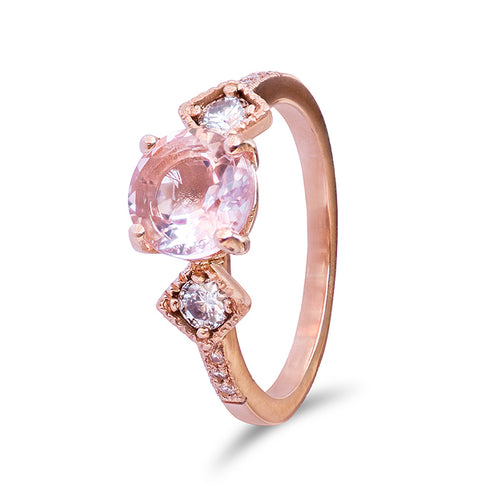 Beatrice Morganite Ring